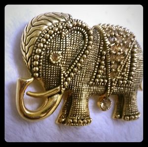 Gorgeous vtg unsigned large elephant brooch pin